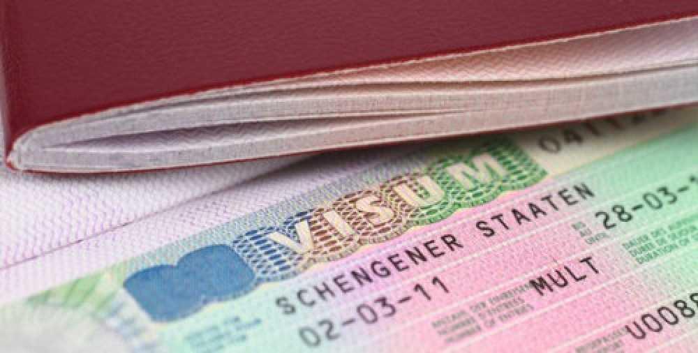 Виза в Испанию: документы, цена и сроки в 2021 году.