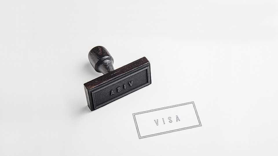 Виза в Австрию в 2021 году: оформление, нюансы и сроки
